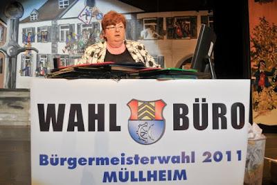 Renate Jordan leitet das Wahlbüro für die Bürgermeisterwahl 2011