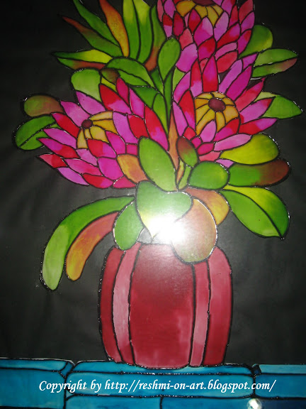 Glass Painting vase with flowers