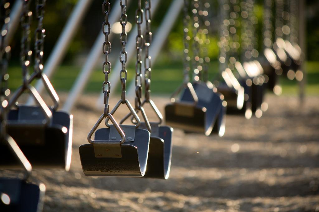 Empty swingset   wsilver   Flickr
