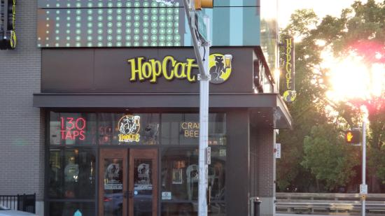 Hopcat-Indianapolis-St.-Patrick's-Day