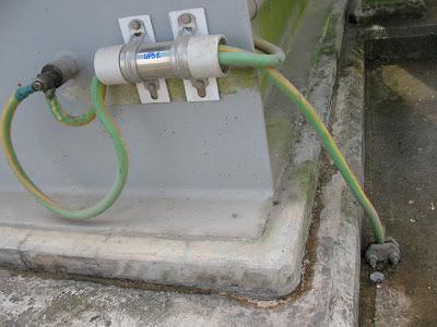 Nối đất an toàn vào thiết bị sản xuất có sử dụng điện