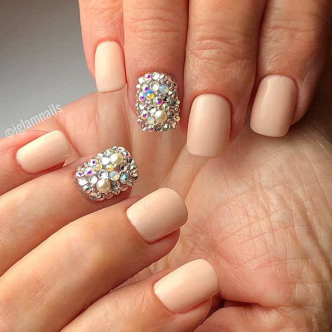 Shiny ideas for manicure