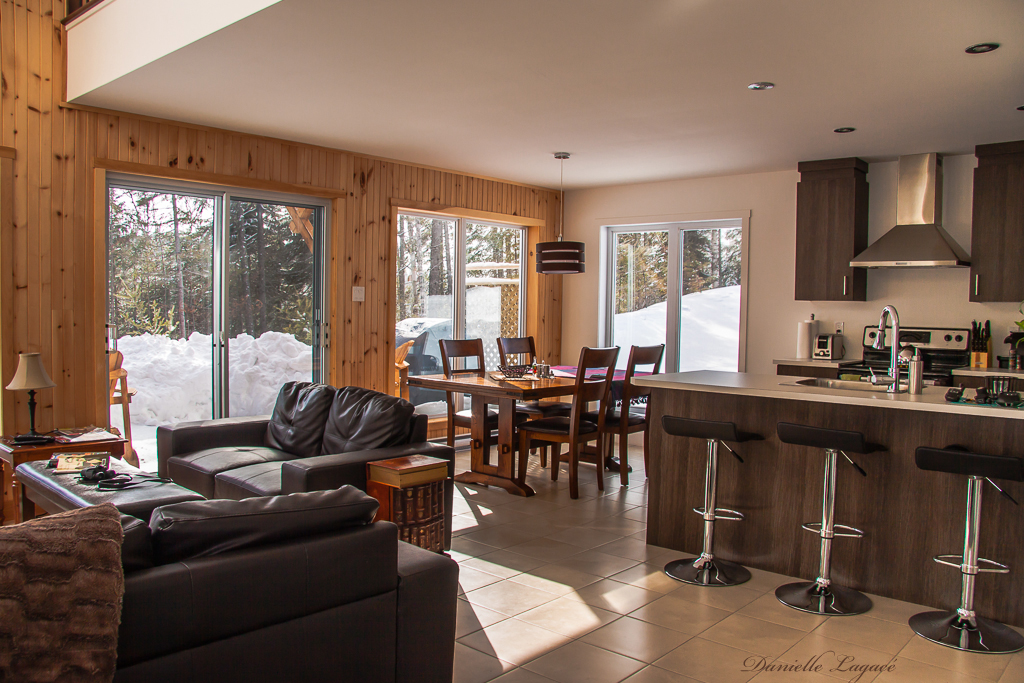 Cottages for rent with 2 bedroom in Québec #17
