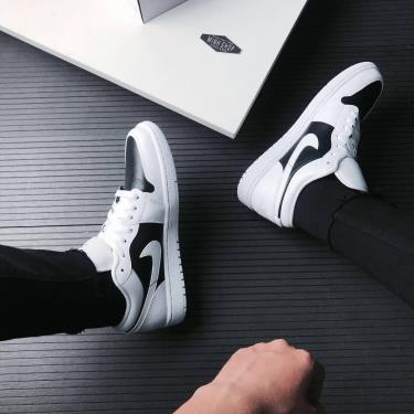 hình ảnh Các mẫu giày Jordan trắng đen hot nhất 2021 - số 1