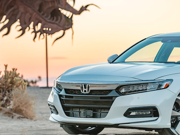 Honda Accord น่าซื้อใช้ที่สุดในปี 2018