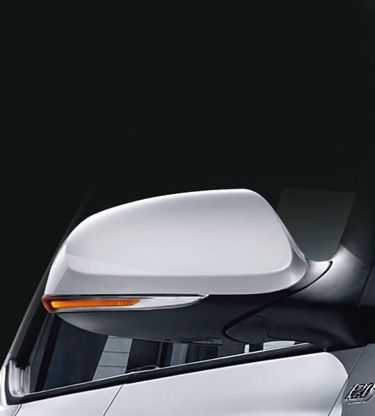 kính xe tích hợp đèn