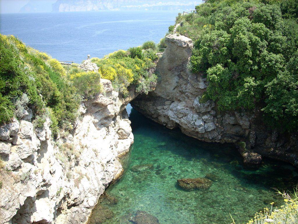 Bagni della Regina Giovanna_пляж.jpg