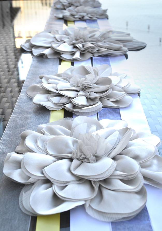 The diy friday series a lovely simple table crane - Caminos de mesa originales ...