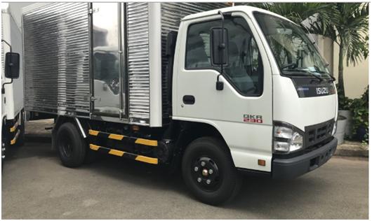 cabin của xe tải Isuzu 2t5