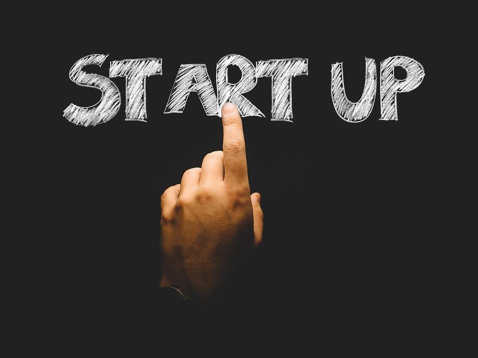 Kuliah Nggak Penting, Bikin Startup Aja?