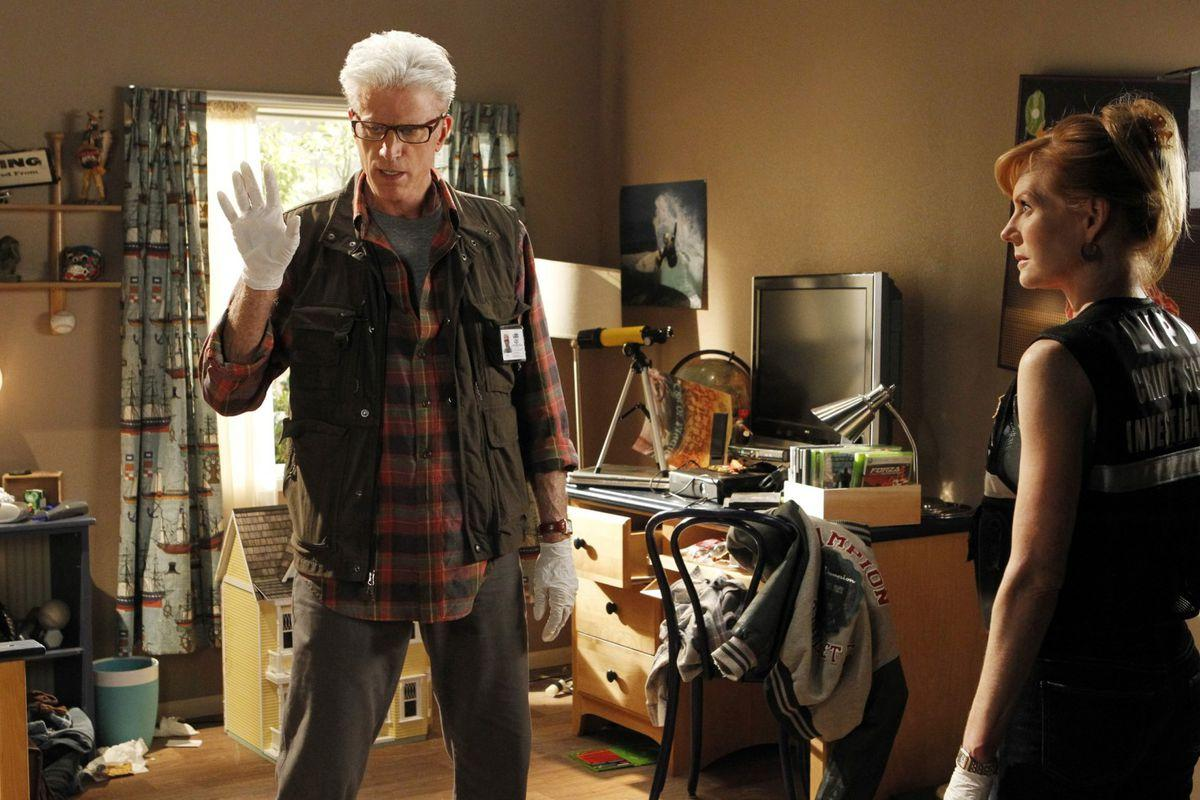 Hulu captures exclusive streaming rights to every season of CSI ...