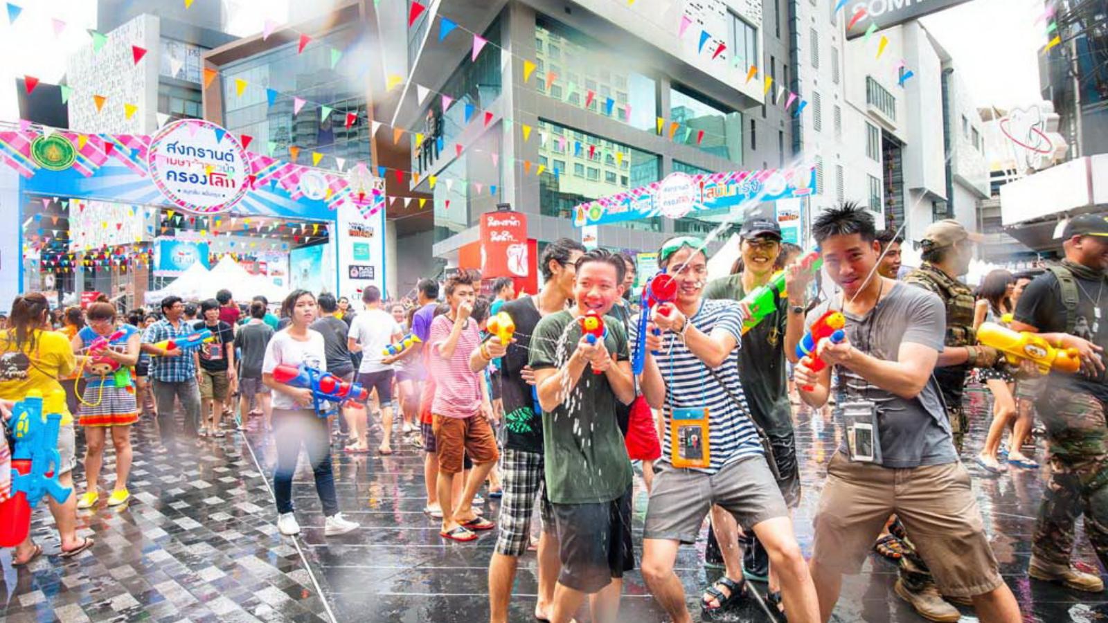 Lễ hội Songkran, Thái Lan