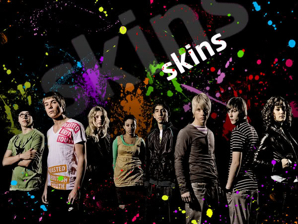 Skins_Wallpaper_by_le_Rosemont.jpg