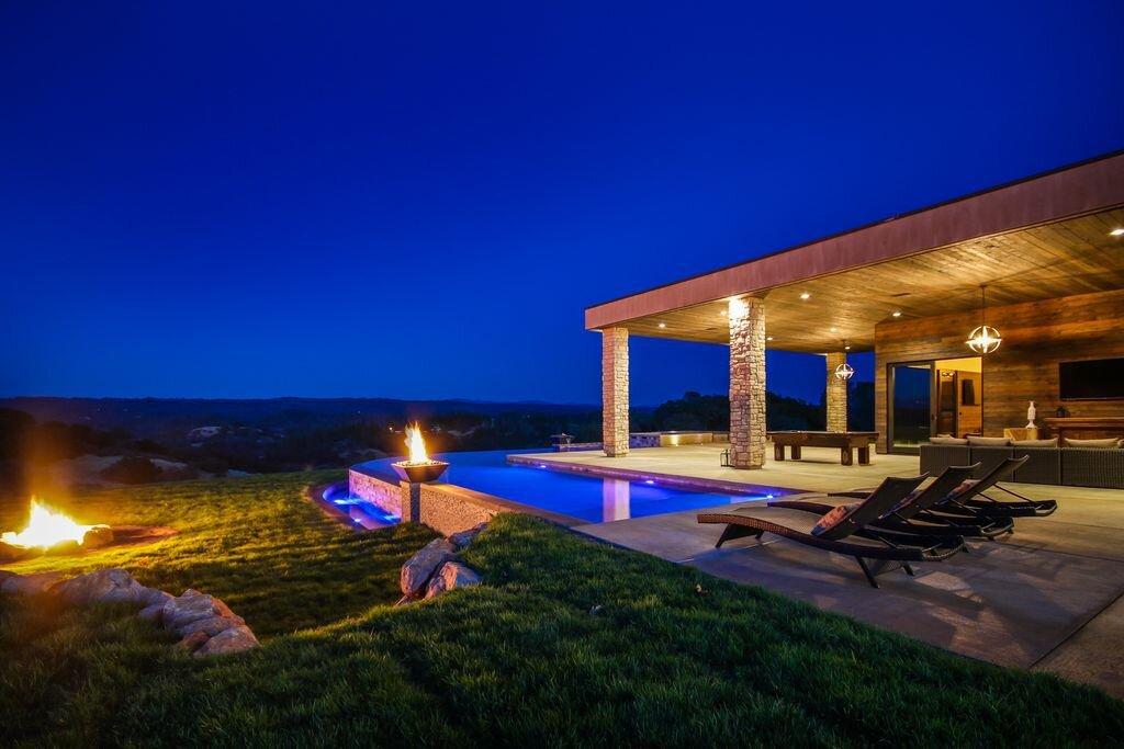 evening lodging amenities