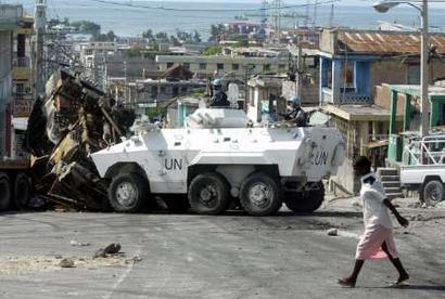 http://www.armyrecognition.com/News/october_2004/Engensa_Urutu_Brazil_05.jpg