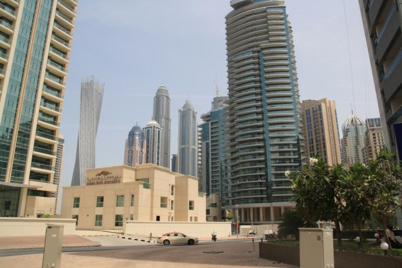 Найвища будівля в світі, яка перекручена на 90°