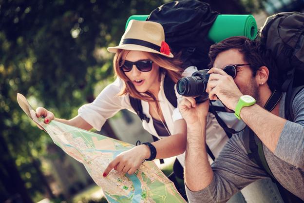 Người chụp ảnh và xem bản đồ