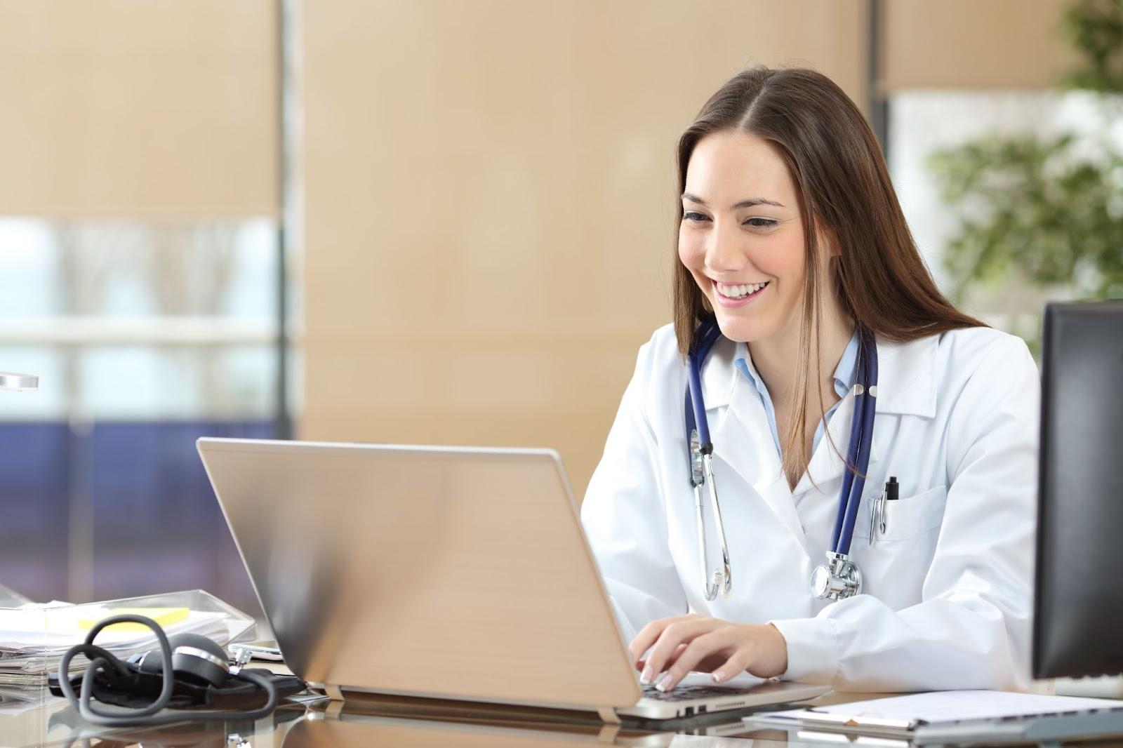 A licensed medical professional undergoing virtual medical aesthetics training