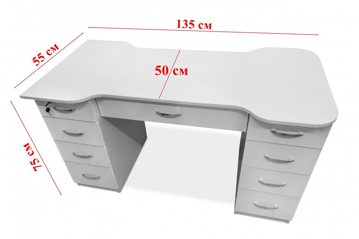 Столик с выдвижными ящиками