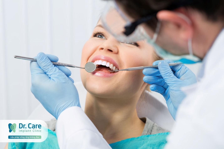 Giá trồng răng hàm bằng cấy ghép Implant bao nhiêu tiền?