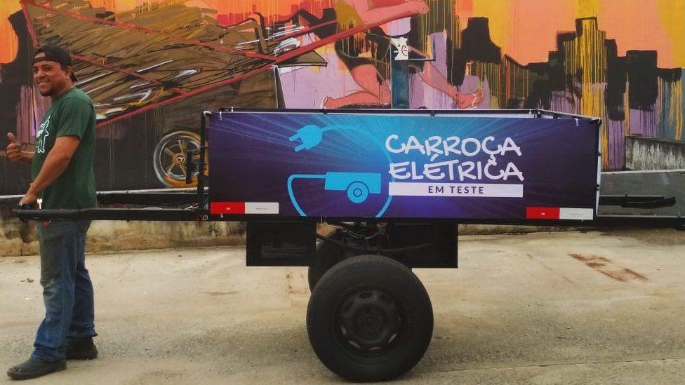 Protótipo de carroça elétrica do projeto Carroças do Futuro. (Fonte: Pimp My Carroça/Divulgação)