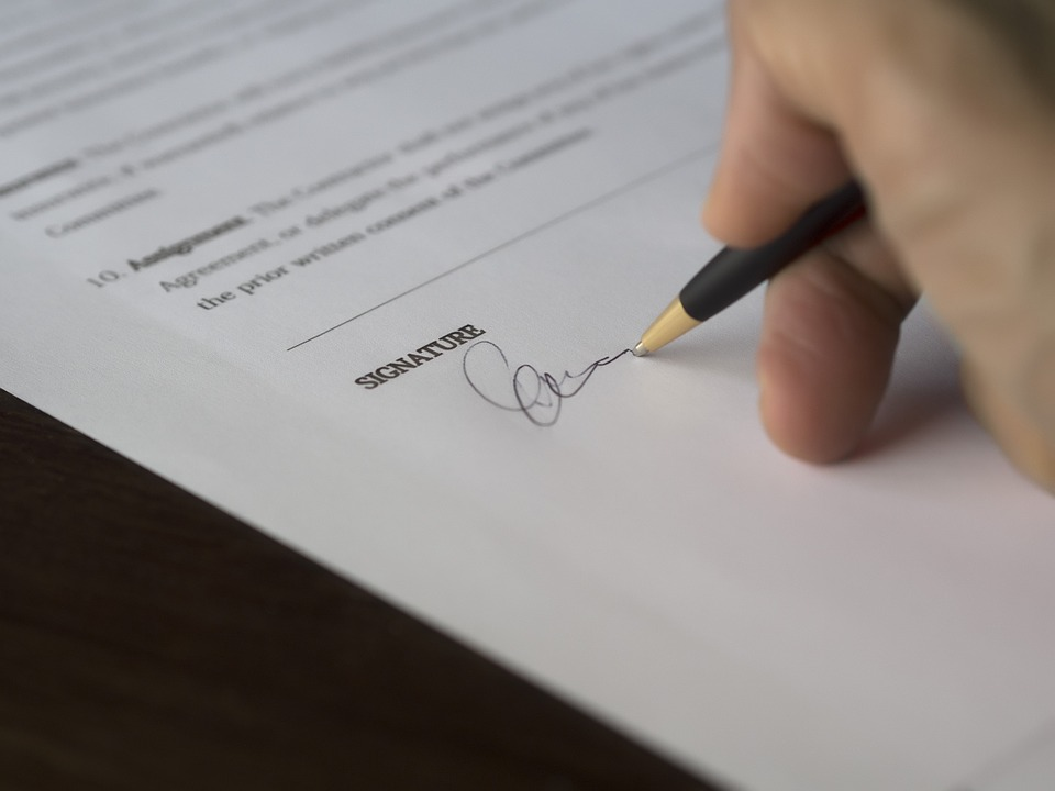 Evaluate Behavior Before Settling a Contract