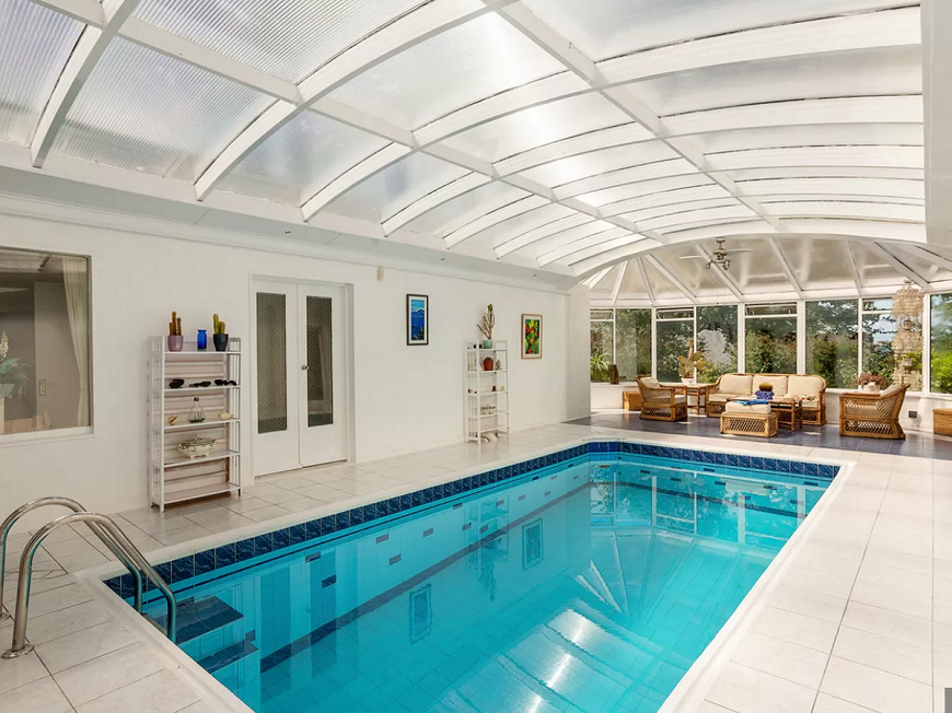 Mẫu bể bơi trong nhà