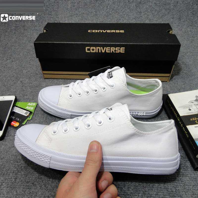 Kết quả hình ảnh cho giày converse cổ thấp trắng