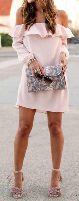 summer-outfits-pink-off-the-shoulder-dress.jpg