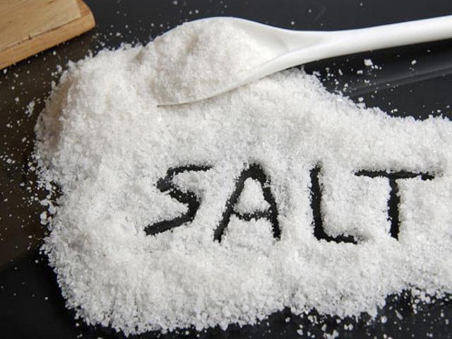 Sử dụng muối là một trong những cách giúp mình may mắn hơn.