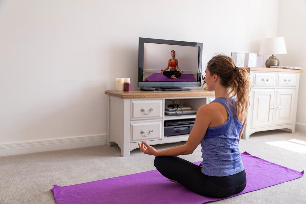 10 Kegiatan Asyik Yang Bisa Dilakukan Di Rumah Saat Physical Distancing