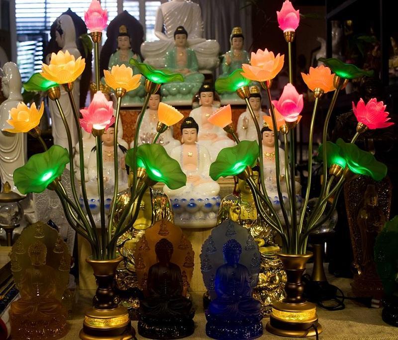 đèn thờ hoa sen pha lê