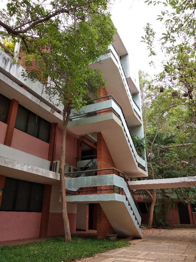 Collateral-based villa tersebut mempunyai 3 lantai