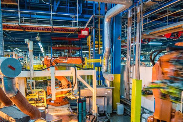 Nền công nghiệp phát triển mạnh mẽ