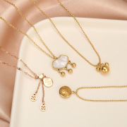 New Korean Style Titanium Steel Necklace Women's Creative Design Jewelry Jewelry Internet Celebrity Same Style Diamond Inlaid Clavicle Chain Pendant Wholesale