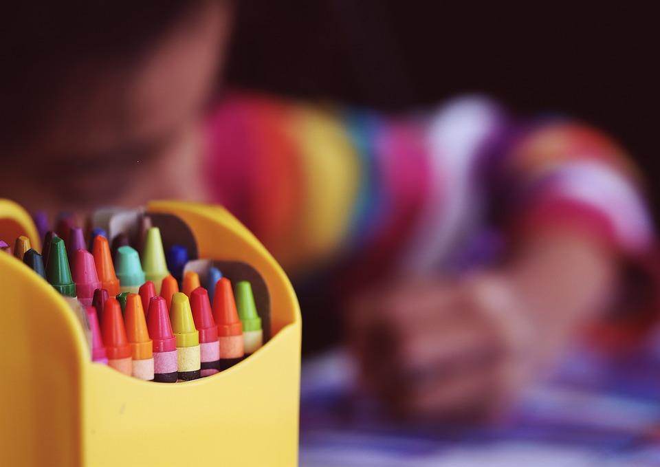 crayons-1209804_960_720.jpg