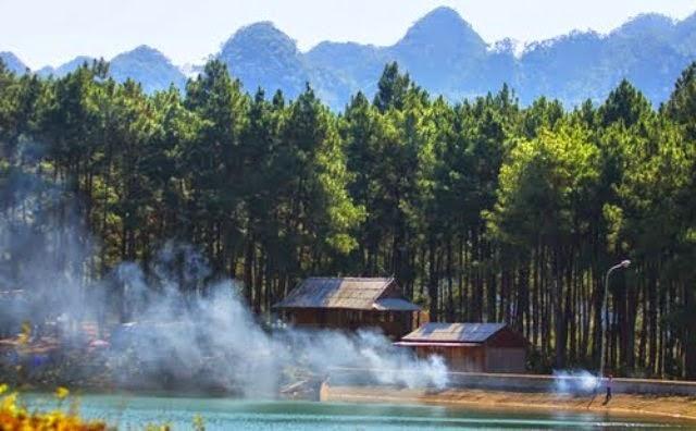 Khu du lịch Rừng thông bản Áng mang vẻ đẹp của sự hoang sơ, trữ tình