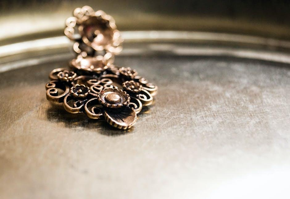 Go Deep! 8 Tips for How to Clean Copper Jewelry Properly