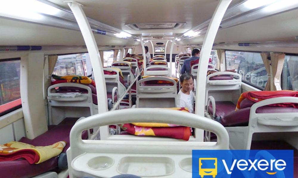 Nội thất xe The Sinh Tourist đi Nha Trang