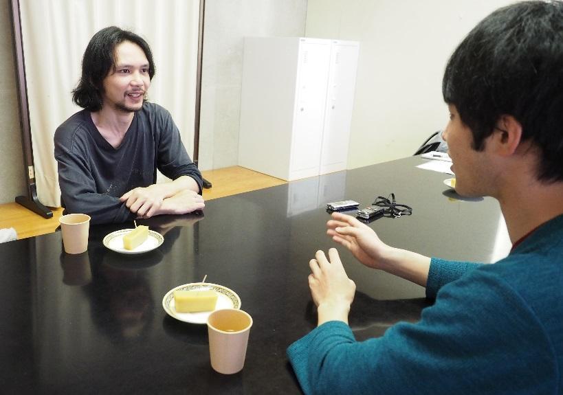 C:\Users\user\Desktop\カメ五郎 春間豪太郎豪太郎 対談\P5181946のコピー.jpg