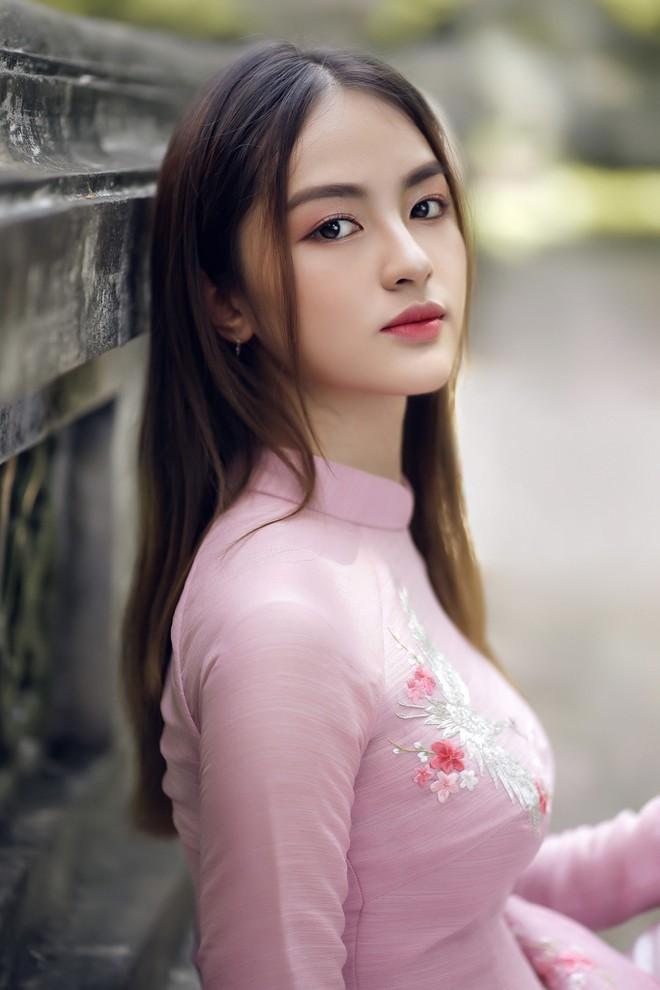 Thí sinh 'Hoa hậu Việt Nam': Là hoa khôi Ngoại thương, thi đại học 29 điểm - ảnh 3