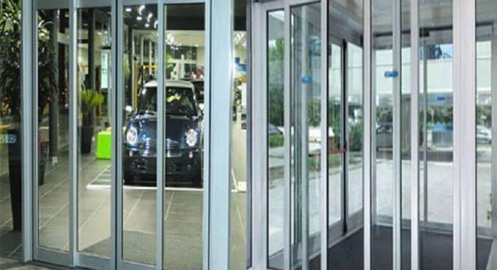 Vũ Hoàng còn cung cấp giải pháp sửa chữa cửa tự động với giá cả phù hợp