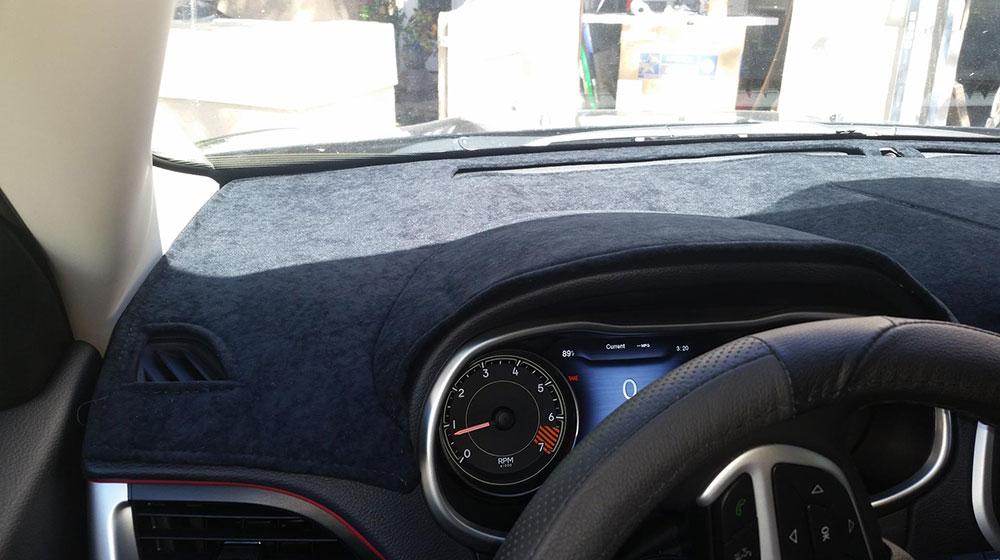 những lưu ý khi lái xe ô tô - thảm chống nóng
