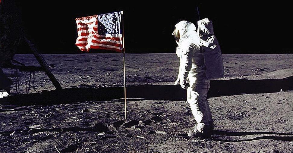 """ก้าวเล็กๆ ที่ยิ่งใหญ่ ของมนุษยชาติ เปิดประวัติศาสตร์ 52 ปี เหยียบ """"ดวงจันทร์"""" 1"""