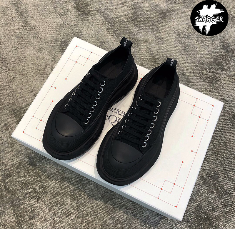 Giày alexander mcqueen Chunky Sole Low Black Like Auth có form dáng trẻ trung