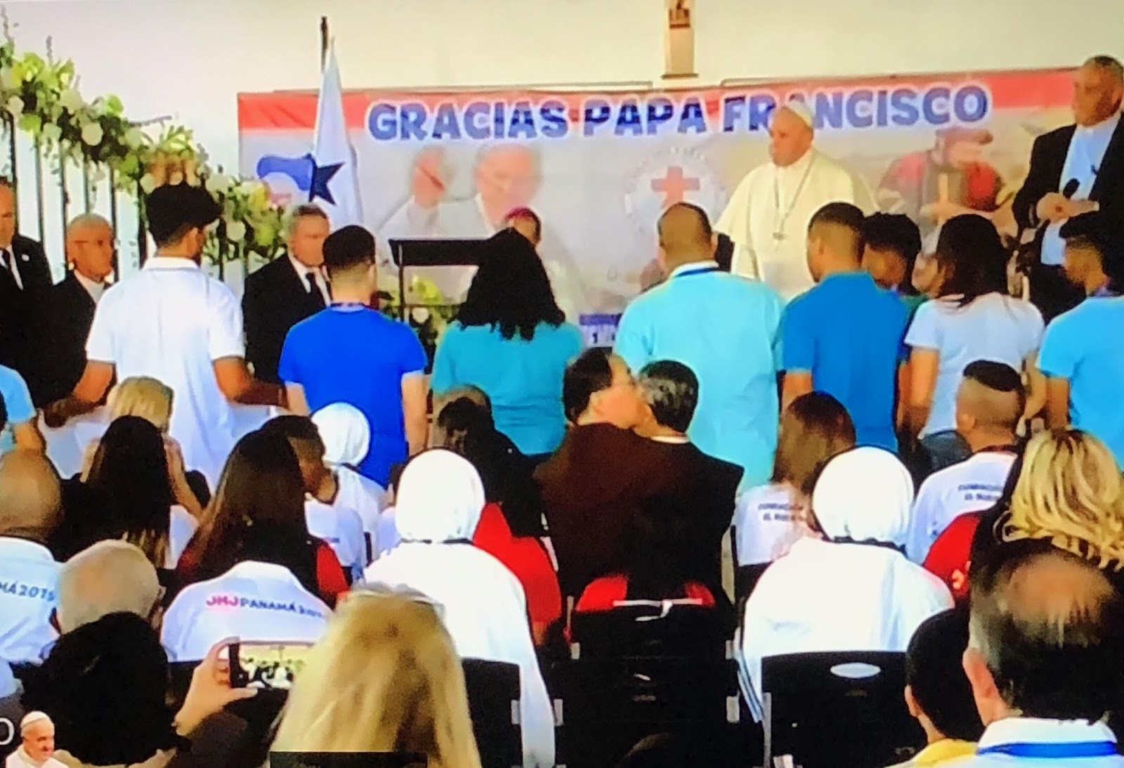 Toàn văn giờ Kinh Truyền Tin của Đức Thánh Cha tại Casa Hogar El Buen Samaritano