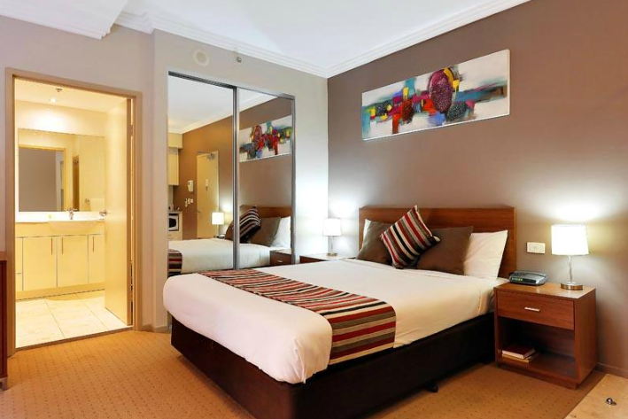 Comfortable room at the APX Darling Harbour
