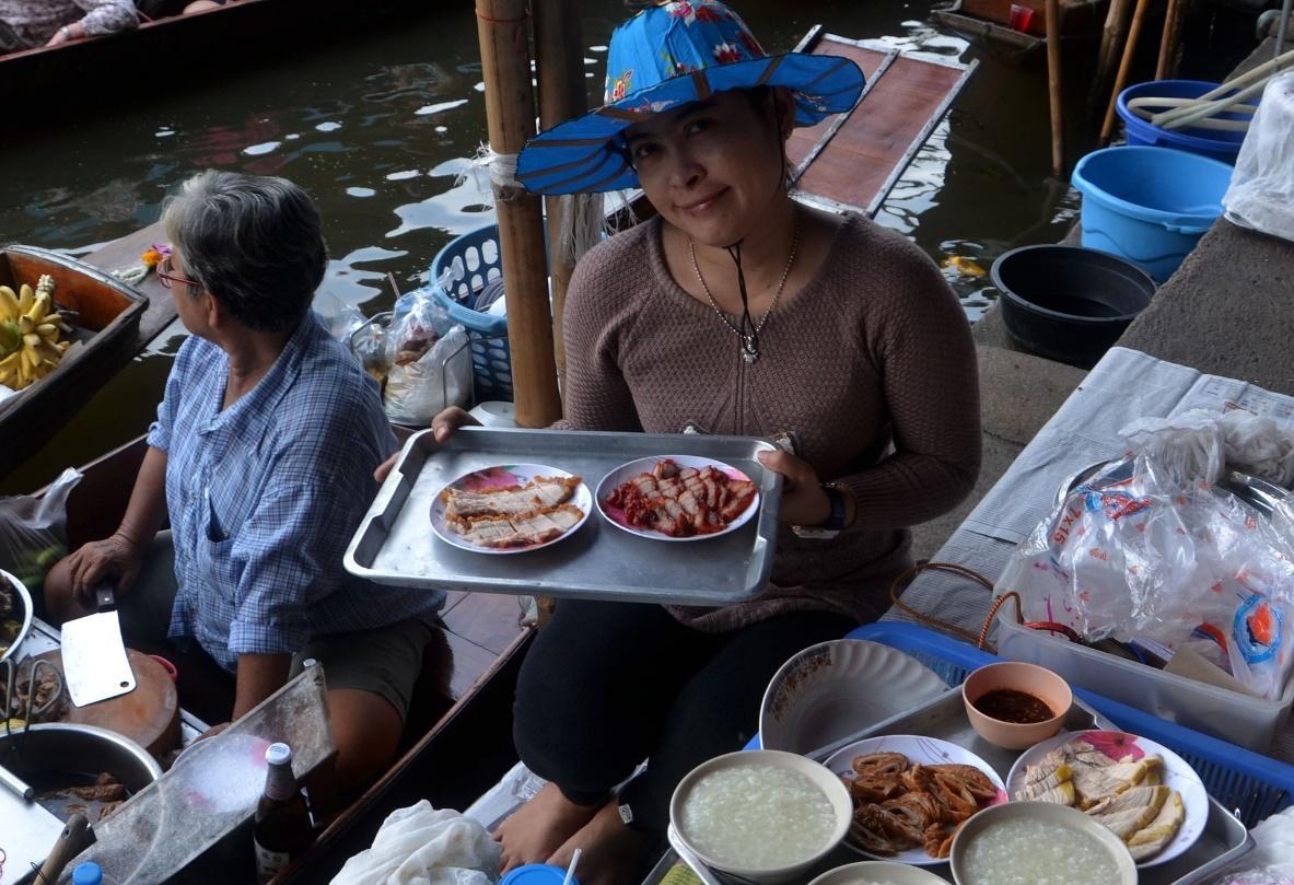 Tha Kha Floating Market bangkok