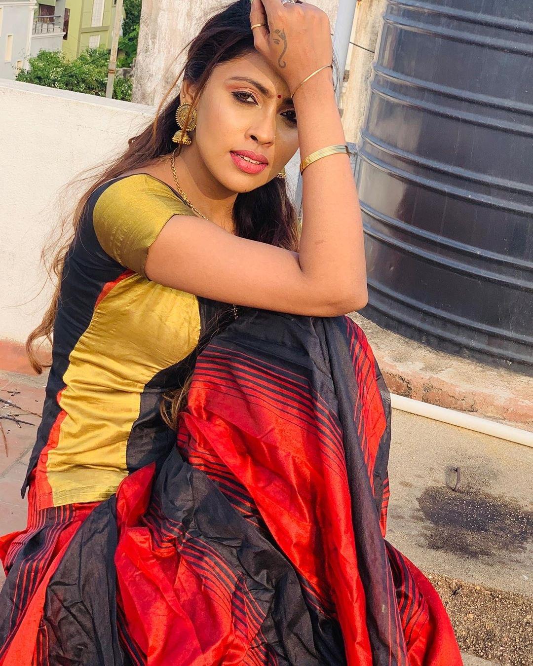 Actress Srinikha Model Latest Photoshoot - South Indian Actress - Photos and Videos of beautiful actress -