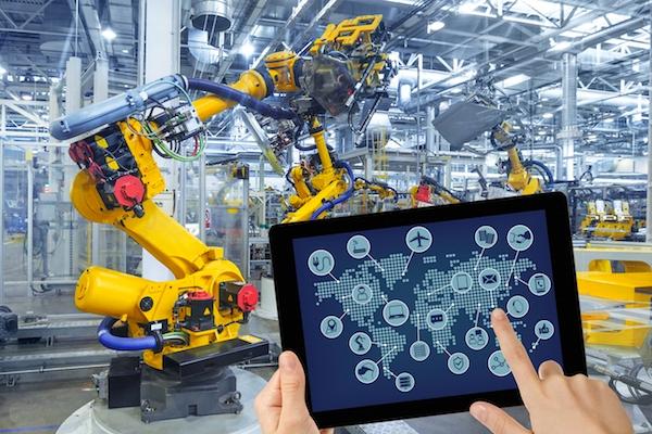 Với hệ thống giám sát tự động doanh nghiệp có thể theo dõi mọi hoạt động trên điện thoại, máy tính,...